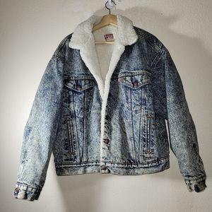 Vintage  Levi's  Truker  Jacket  white  Wash